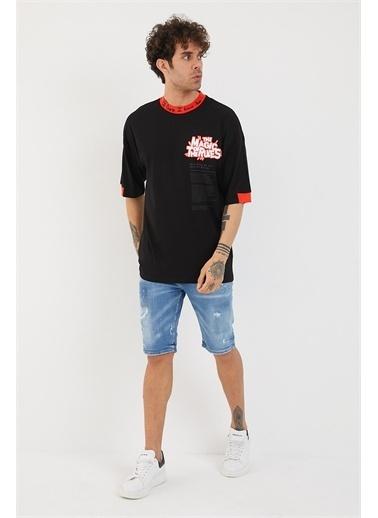 XHAN Hardal Yakası & Kolu Garnili Baskılı Oversize T-Shirt 1Yxe1-44880-37 Siyah